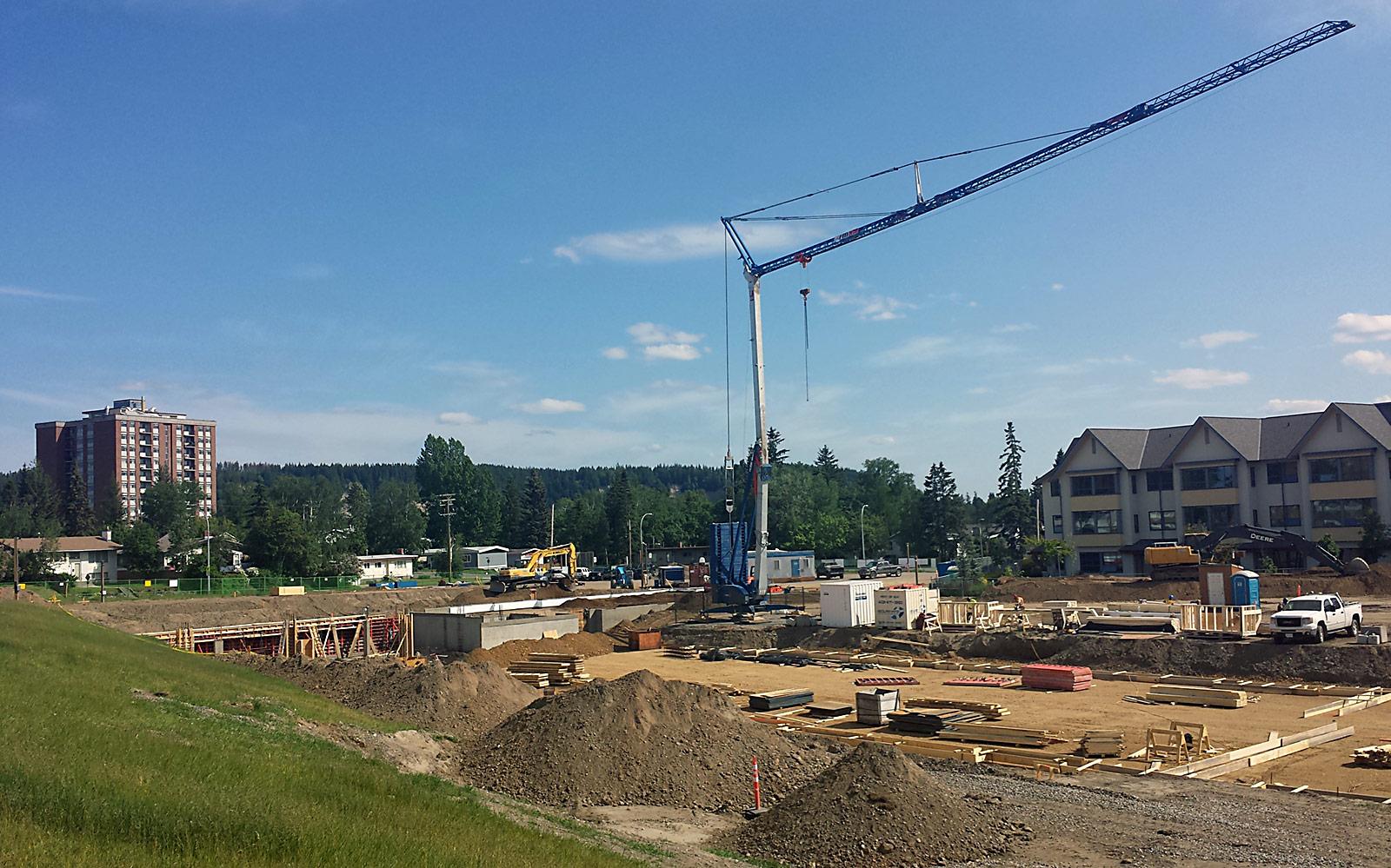 crane at RiverBend building site